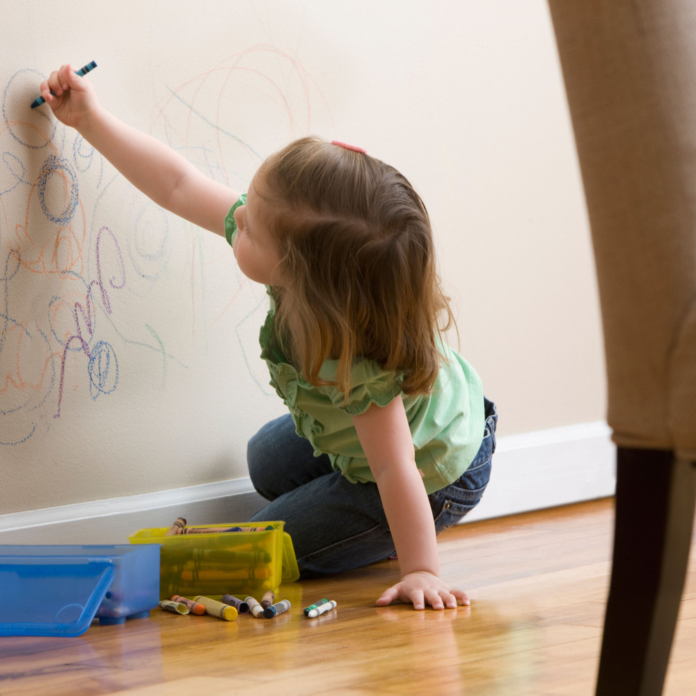 Have a child that's taken an early interest in graffiti? If the writing's on the wall, have no fear: Turn on a blow dryer and