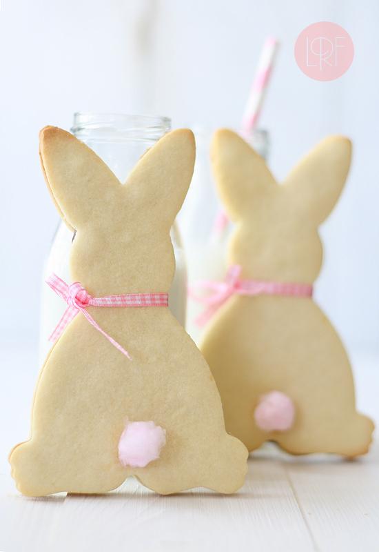 "<strong>Get the <a href=""http://www.larecetadelafelicidad.com/en/2012/09/rabbit-cookies.html"" target=""_blank"">Rabbit Sandwich"