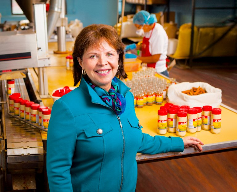 <em>10,000 Small Businesses</em> Graduate  Owner of La Criolla – a family-owned spice business established in 1957 Chicago, I
