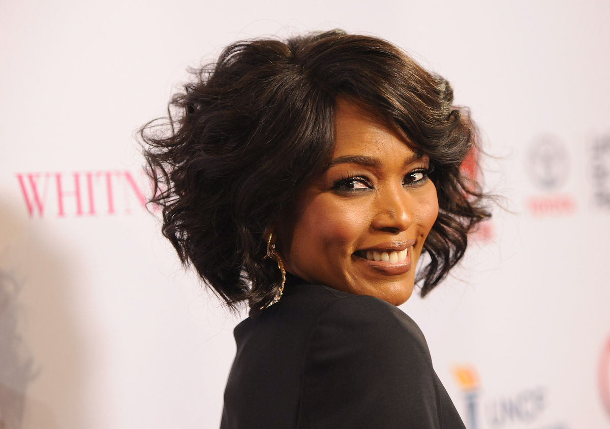 BEVERLY HILLS, CA - JANUARY 06:  Director Angela Bassett arrives at the premiere of Lifetime's 'Whitney' at The Paley Center