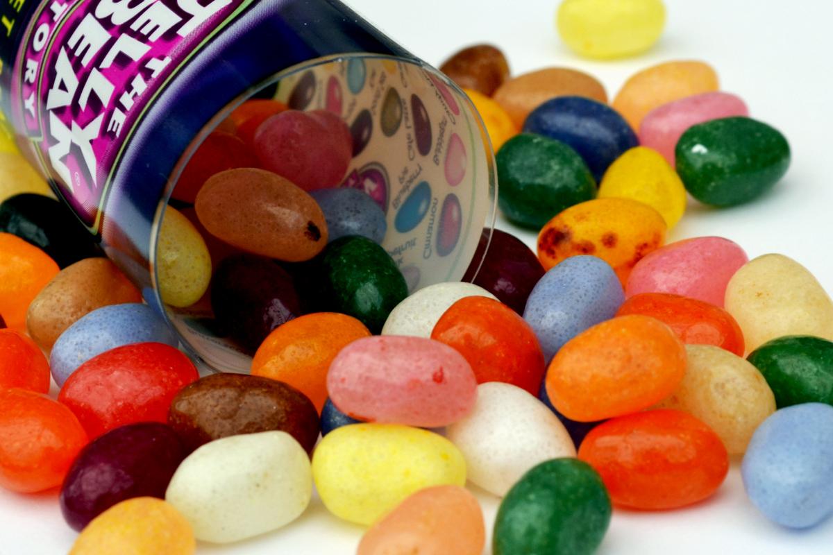 """""""Just like <a href=""""http://www.huffingtonpost.com/2013/02/15/worst-foods-bad-skin_n_2691504.html#slide=2111387"""" target=""""_blan"""
