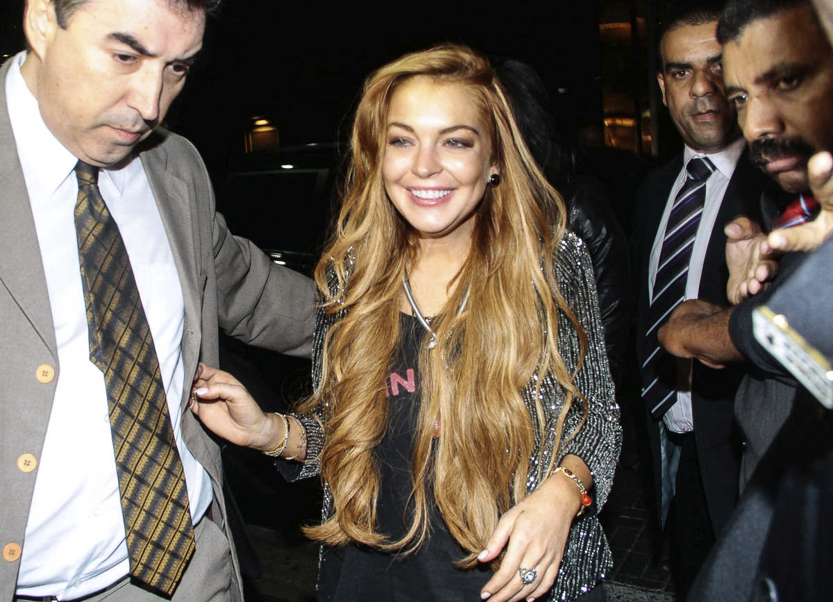 """The troubled 26-year-old was sentenced to<a href=""""http://www.huffingtonpost.com/2013/03/18/lindsay-lohan-plea-deal_n_2902620."""