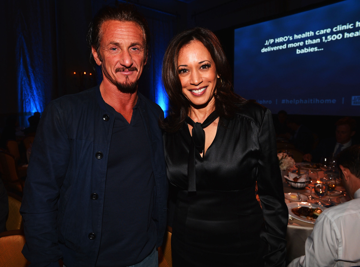 LOS ANGELES, CA - JANUARY 12:  Sean Penn and Attorney General of California Kamala Harris attend the 2nd Annual Sean Penn and