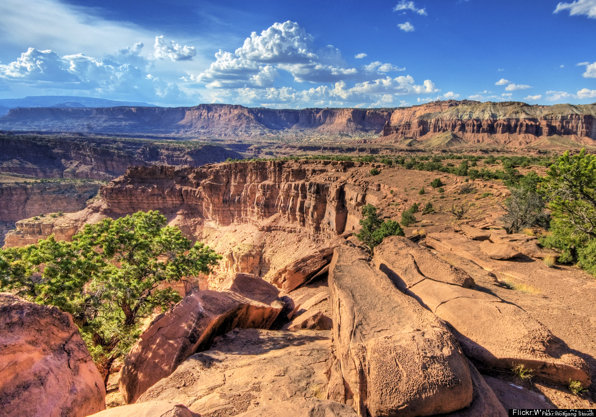 """Located in the heart of <a href=""""http://www.minitime.com/Utah-US-family-destinations"""" target=""""_hplink"""">Utah</a>'s red rock co"""