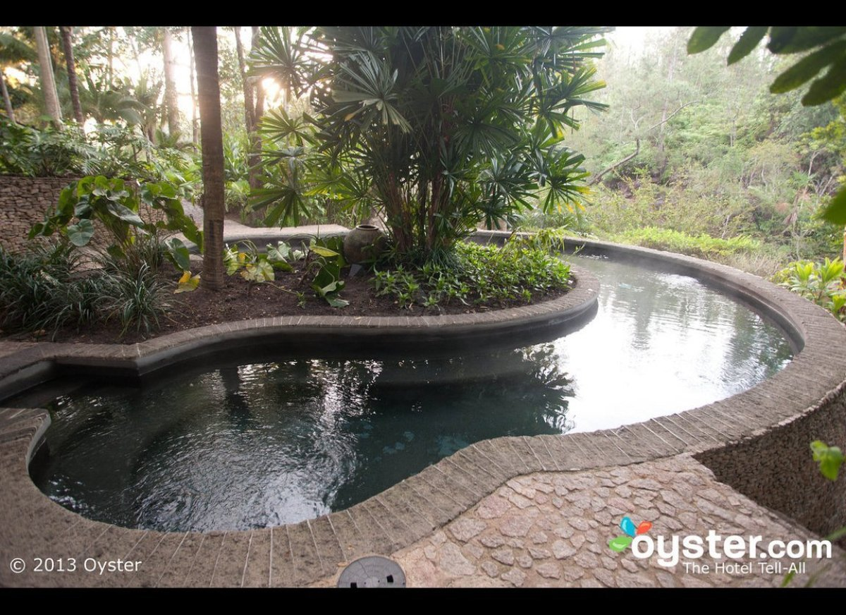 "<strong>As seen at: <a href=""http://www.oyster.com/belize/hotels/blancaneaux-lodge/"" target=""_hplink"">Blancaneaux Lodge</a></"