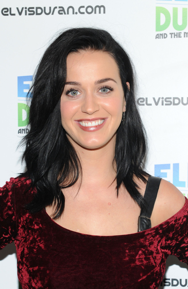 "After the release of ""Roar,"" the lead single off of Katy Perry's 2013 album ""Prism,"" listeners noticed <a href=""http://www.hu"