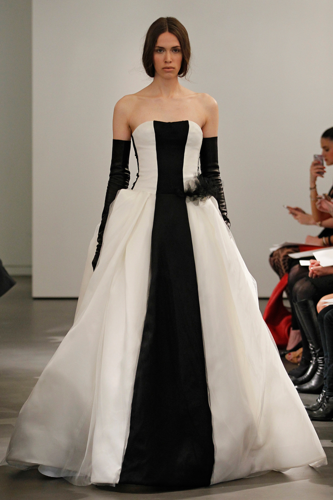 Vera Wang Wedding: Designer Explains Why Her Dresses Are So ...