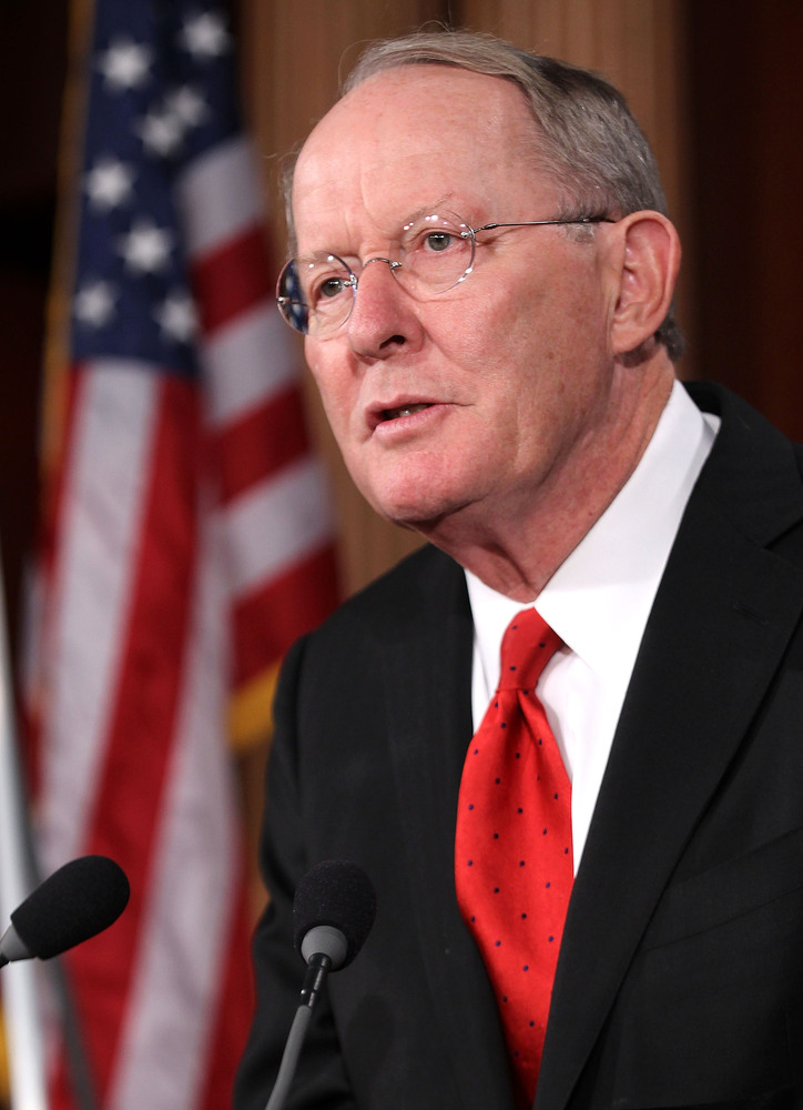 U.S. Sen. Lamar Alexander (R-TN) speaks during a news conference September 8, 2011 on Capitol Hill in Washington, D.C. (Photo