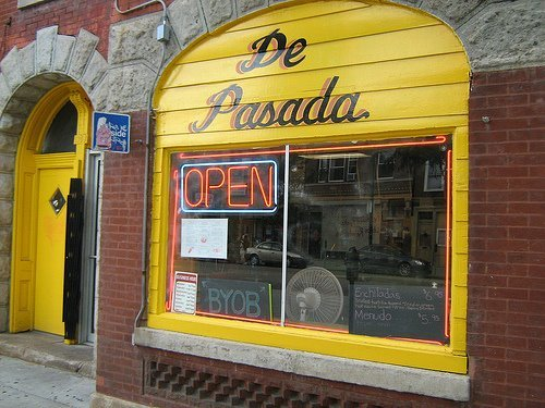 <strong>De Pasada </strong>Multiple locations:  1108 N. Ashland Ave. 1642 W. Chicago Ave. 1517 W. Taylor St.