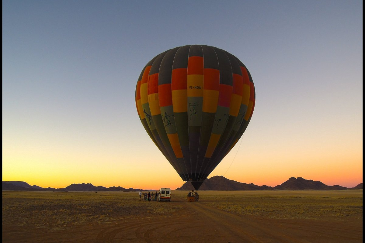 """<a href=""""http://www.namibsky.com/"""" target=""""_hplink""""><strong>Namib Sky Safaris</strong></a> are set in one of Africa's most pi"""