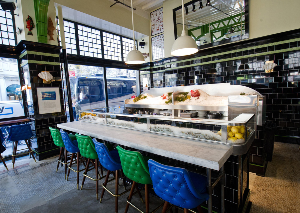 <strong>Daily: 5-7 p.m.</strong>  April Bloomfield and Ken Friedman's Ace Hotel seafood bar pairs six clams (littlenecks from
