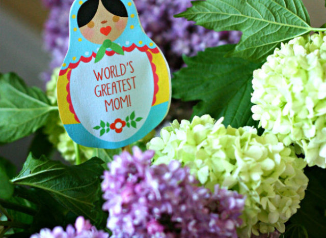 """Blogger <a href=""""http://todayscreativeblog.net/happy-mothers-day/"""" target=""""_blank"""">Sibylle</a> came up with an exciting twist"""