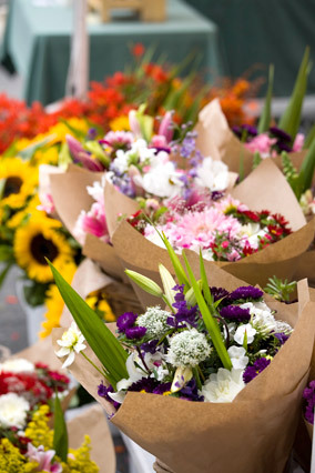 Many retailers receive their flower shipments on Friday mornings (in preparation for the weekend rush) and Mondays (when they