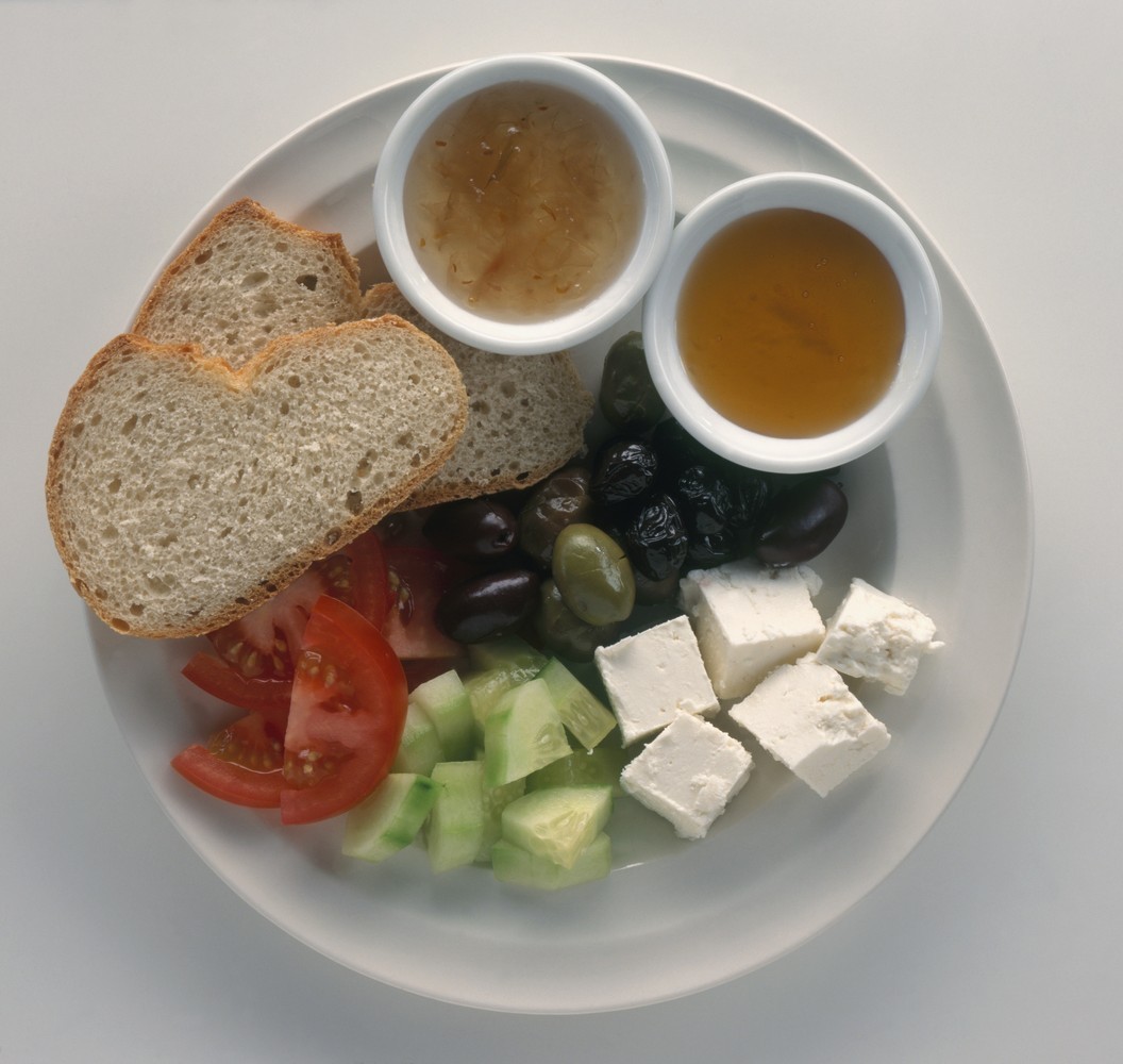 """This <a href=""""http://www.seriouseats.com/2012/11/snapshots-from-istanbul-turkish-breakfast-is-awesome.html"""" target=""""_blank"""">h"""