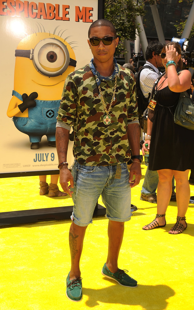 LOS ANGELES, CA - JUNE 27:  Musician Pharrell Williams arrives at the premiere of 'Despicable Me' during the 2010 Los Angeles