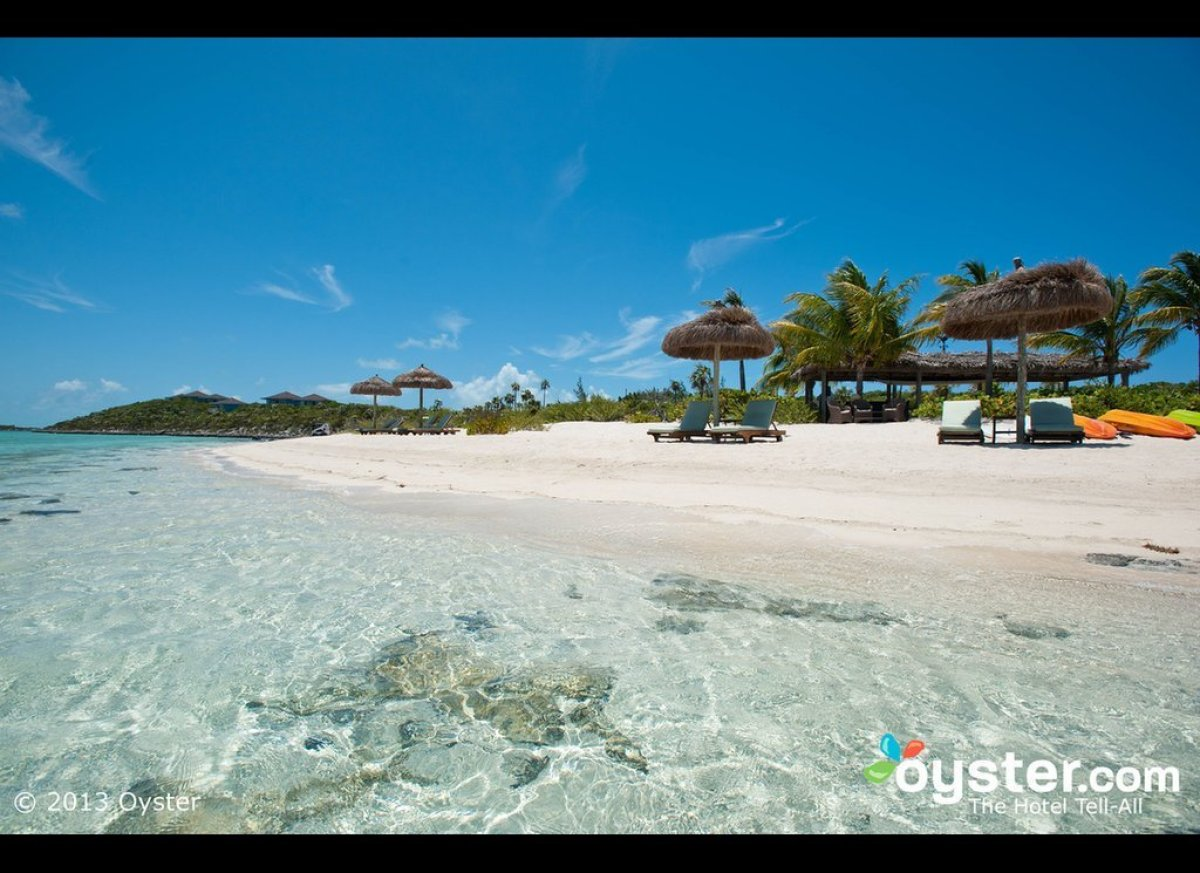"""Crowded beaches are unheard of on <a href=""""http://www.oyster.com/bahamas/hotels/fowl-cay-resort/"""" target=""""_hplink"""">this priva"""