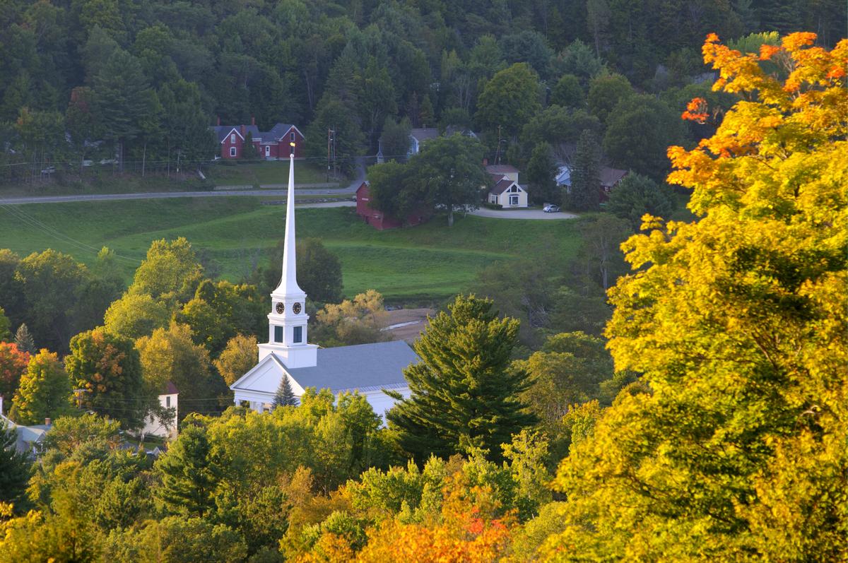 Vermont spent $15,925 per puil in 2011.