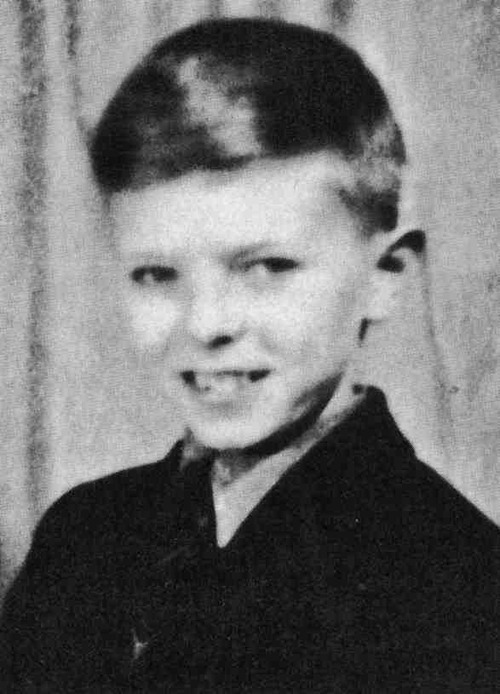 """David Bowie in 1959.   Source: <a href=""""http://nightspell.ucoz.ru/photo/family_childhood/1"""" target=""""_blank"""">Night Spell</a>"""