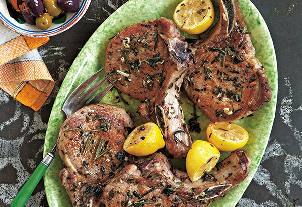 Pork chops that are crisp on the outside and juicy on the inside, bursting with the rich flavor of oregano and rosemary may s