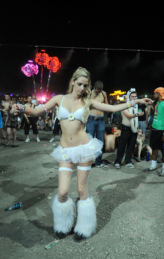 "The Electric Daisy Carnival is one of America's biggest electronic dance music festivals. While sometimes referred to as a ""r"