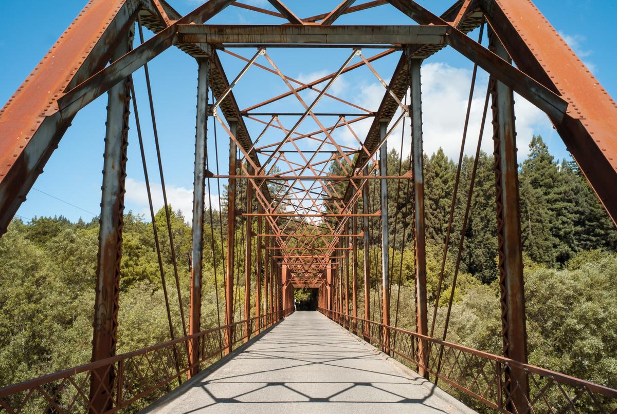 Total # of bridges: 670 Structurally deficient bridges: 106 Functionally obsolete bridges: 94