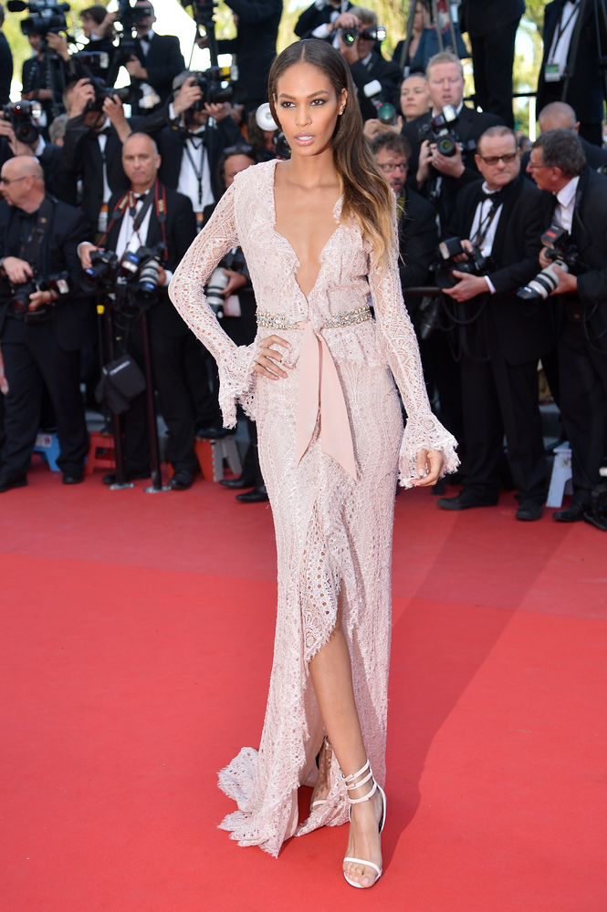 Puerto Rican model Joan Smalls poses on May 21, 2013 as she arrives for the screening of the film 'Behind the Candelabra' pre