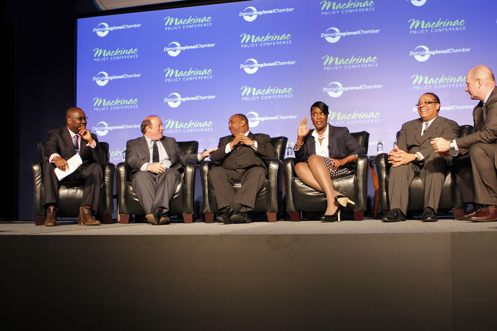 Click through to read Tweets and crucial info from the Detroit mayoral forum held at the Mackinac Policy Conference on Thursd