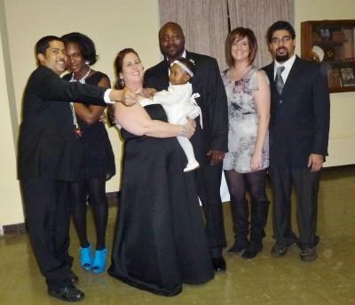 "<a href=""http://www.huffingtonpost.com/2013/01/02/cindy-williams-birth-moms-adoption-portrait_n_2396938.html"">Cindy Williams:"