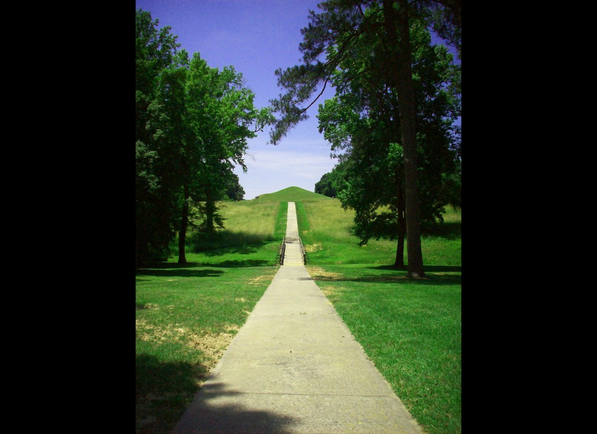 The path to the Earth Lodge Mound at Ocmulgee National Monument