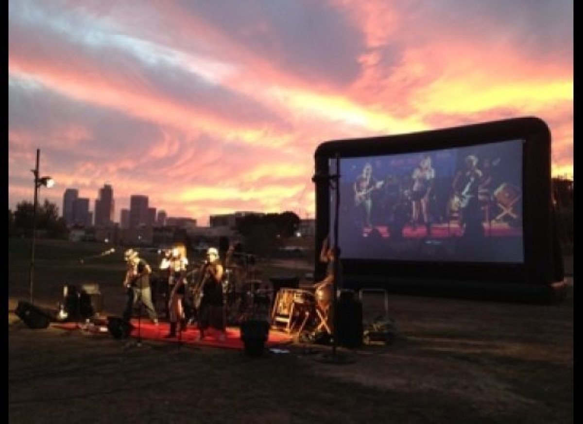 """<a href=""""http://www.streetfoodcinema.com/home.html"""" target=""""_hplink"""">Street Food Cinema</a> is a fun spin on the traditional"""