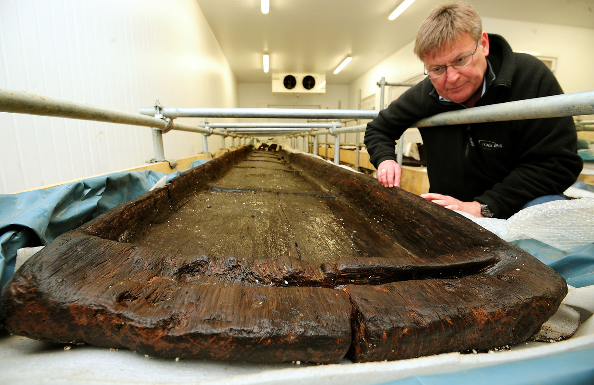 Ian Panter, Principal Conservator of York Archaeological Trust, looks at recently discovered Bronze Age long boats in a cold