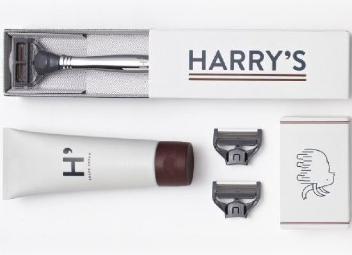 Many men dread their daily shave, but yours doesn't have to. Harry's Winston Set will give your lucky dad or grad one month o