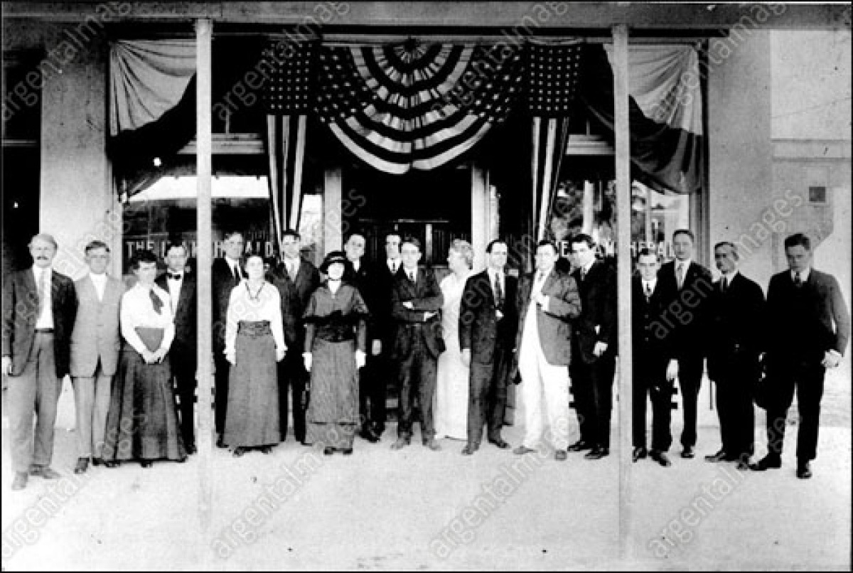 The entire staff of the Miami Herald in 1912... including editor Frank B. Stoneman, fifth from left. Most newspapers would pu