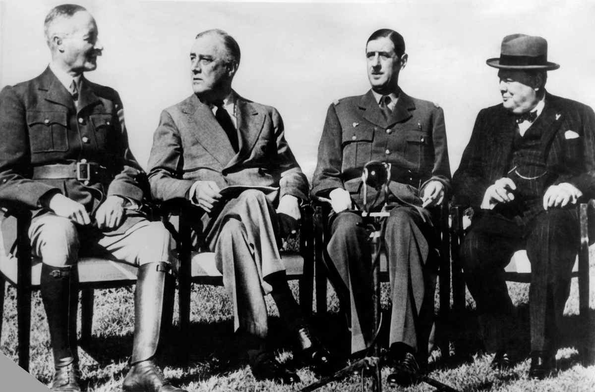 (From L to R) General Henri Giraud, the commandant in chief of the French Free forces based in the North Africa, US President