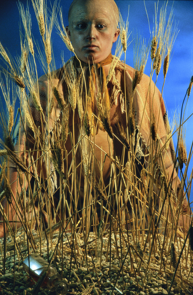 Cindy Sherman Untitled #152 1985 Fargefotografi/C-print / Chromogenic colour print 184,2 x 125,4 cm Astrup Fearnley Samlingen