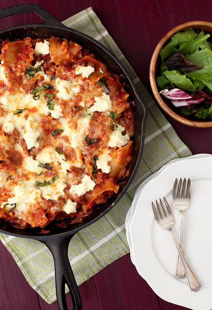 "<strong>Get the <a href=""http://www.annies-eats.com/2012/11/28/skillet-lasagna/"" target=""_blank"">Skillet Lasagna Recipe</a> b"