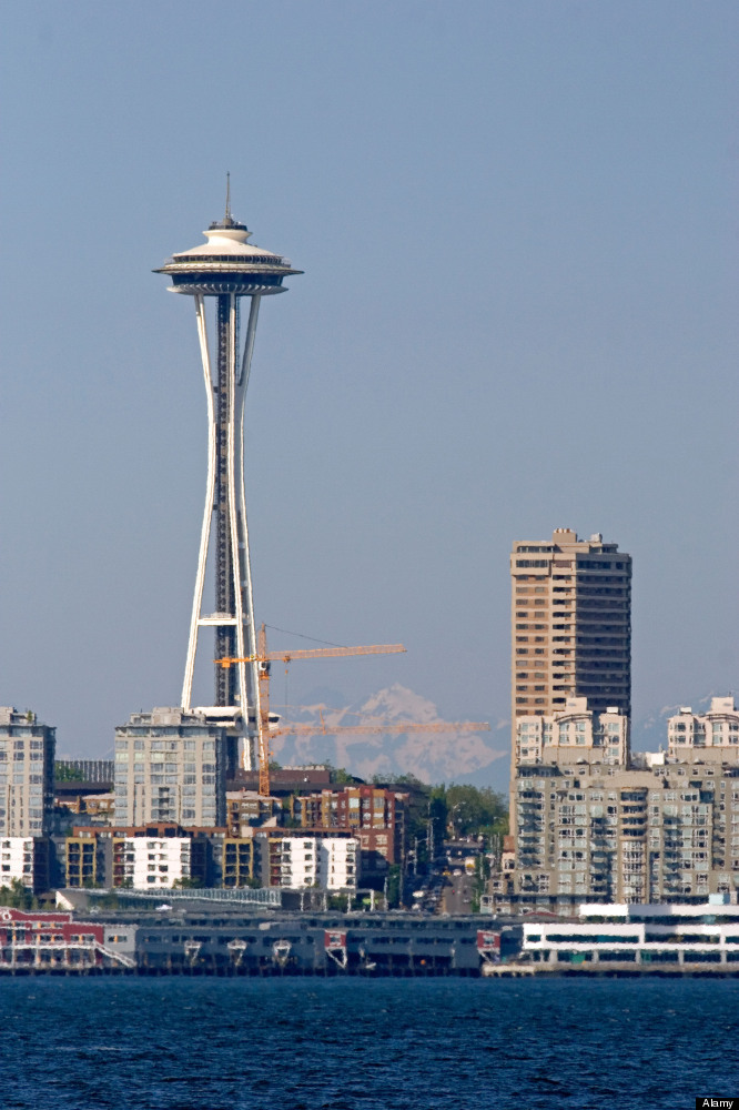 "How much should you charge to wash all the windows in Seattle? (<a href=""http://www.businessinsider.com/answers-to-google-int"