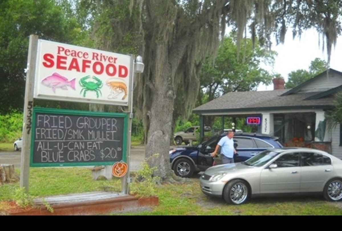 Peace River Seafood, in Punta Gorda, a real Florida fish shack.  Photo credit: Bonnie Gross for VISIT FLORIDA