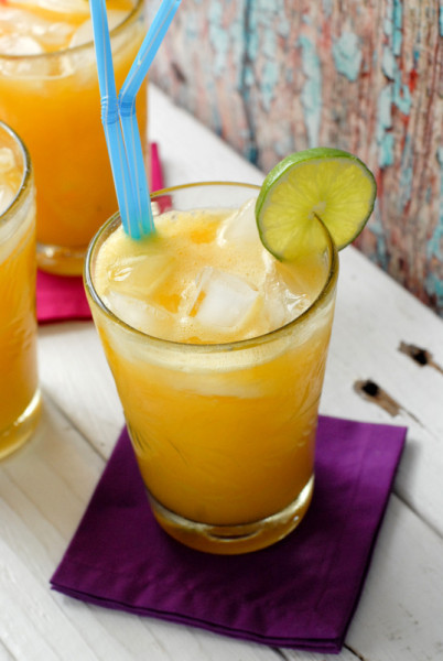 "<strong>Get the <a href=""http://boulderlocavore.com/2013/04/champagne-mango-lime-agua-fresca.html"" target=""_blank"">Champagne"
