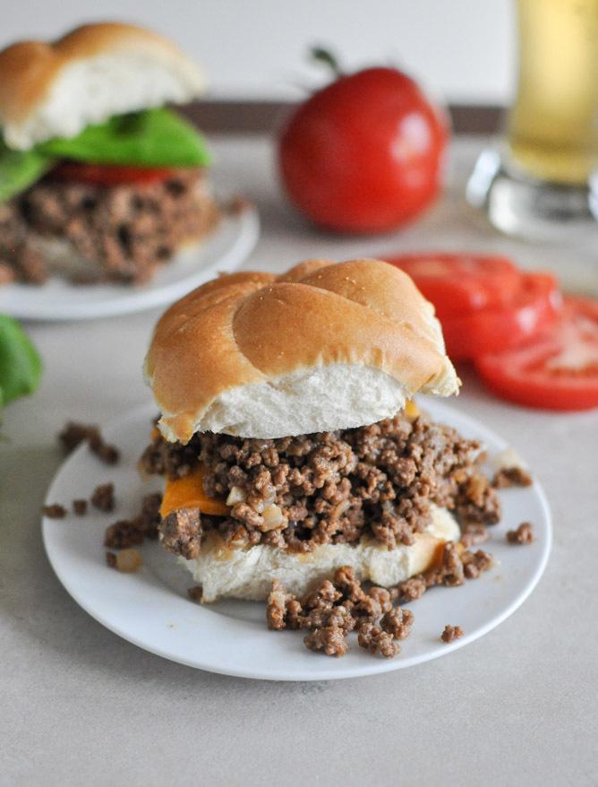 """<strong>Get the <a href=""""http://www.howsweeteats.com/2012/12/crockpot-cheeseburgers/"""" target=""""_blank"""">Crockpot Cheeseburgers<"""