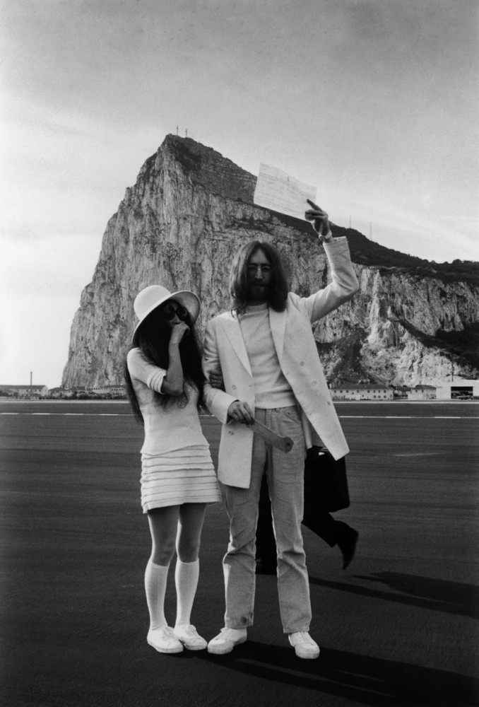 """John Lennon and Yoko Ono married in 1969 in Gibraltar, at the British Consulate's Office. The couple <a href=""""http://www.beat"""