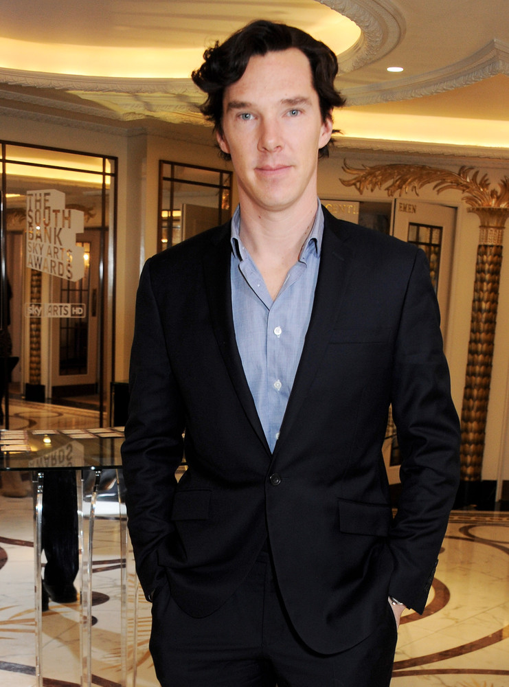 LONDON, ENGLAND - MARCH 12: Benedict Cumberbatch arrives at the 2013 South Bank Sky Arts Awards at The Dorchester on March 12