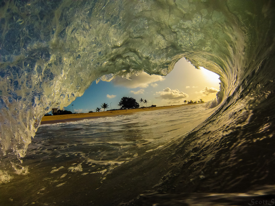 "Wave Photo, 'Shorebreak At Sunrise,' Might Just Inspire You To Wake Up Early  <a href=""http://www.huffingtonpost.com/2013/06/"