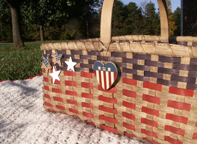 "<a href=""http://www.etsy.com/listing/108064639/jumbo-patriot-basket-picnic-storage?ref=sr_gallery_18&ga_search_query=picnic+b"