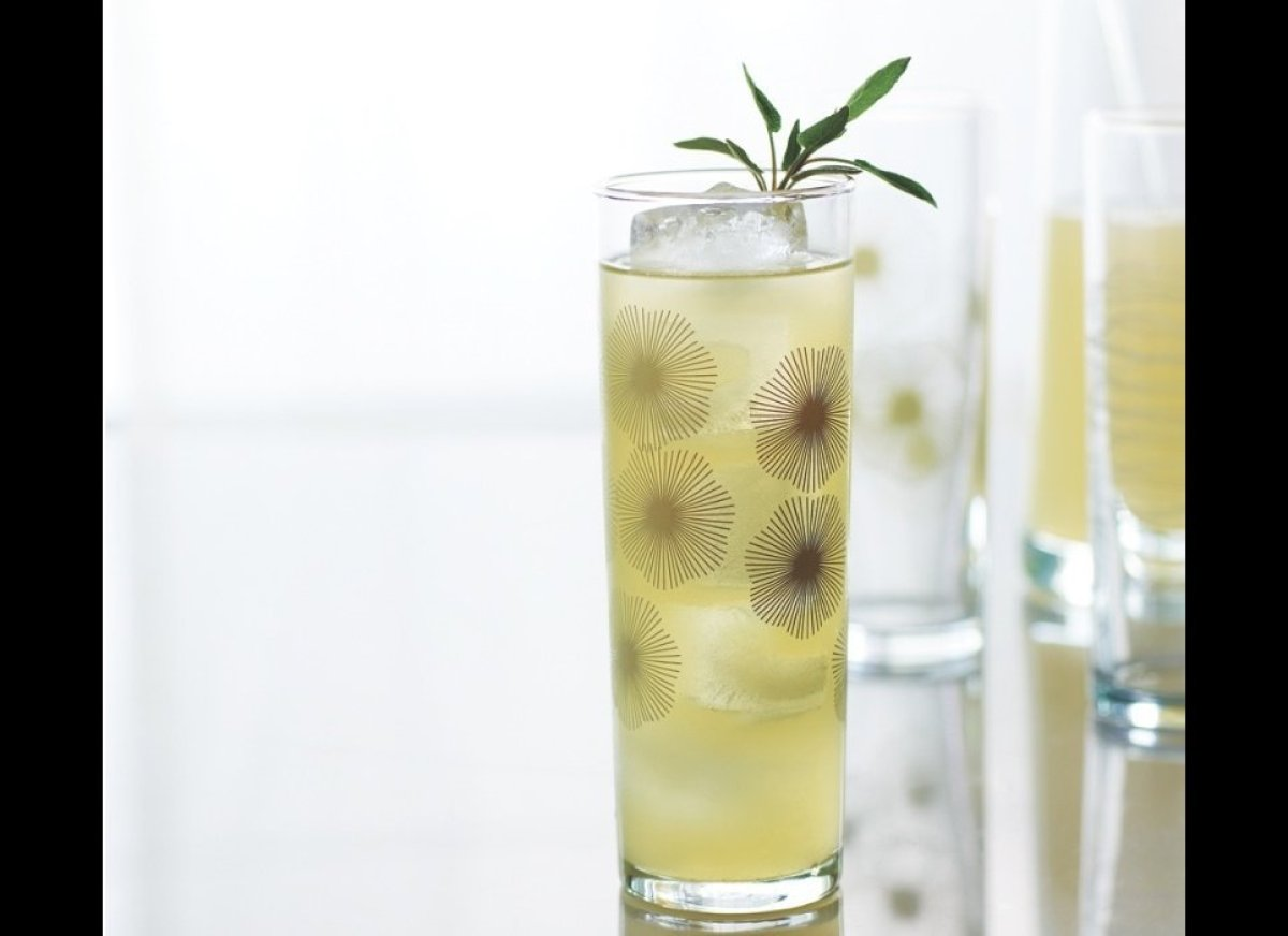 "<strong><a href=""http://www.imbibemagazine.com/Tequila-and-Sage-Smash-Recipe"" target=""_hplink"">Tequila and Sage Smash</a></st"