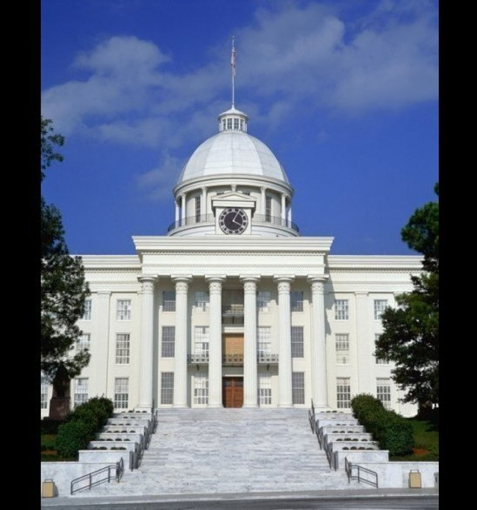 <strong>ALABAMA STATE CAPITOL</strong> Montgomery, Alabama  <strong>Year completed:</strong> 1851 <strong>Architectural s