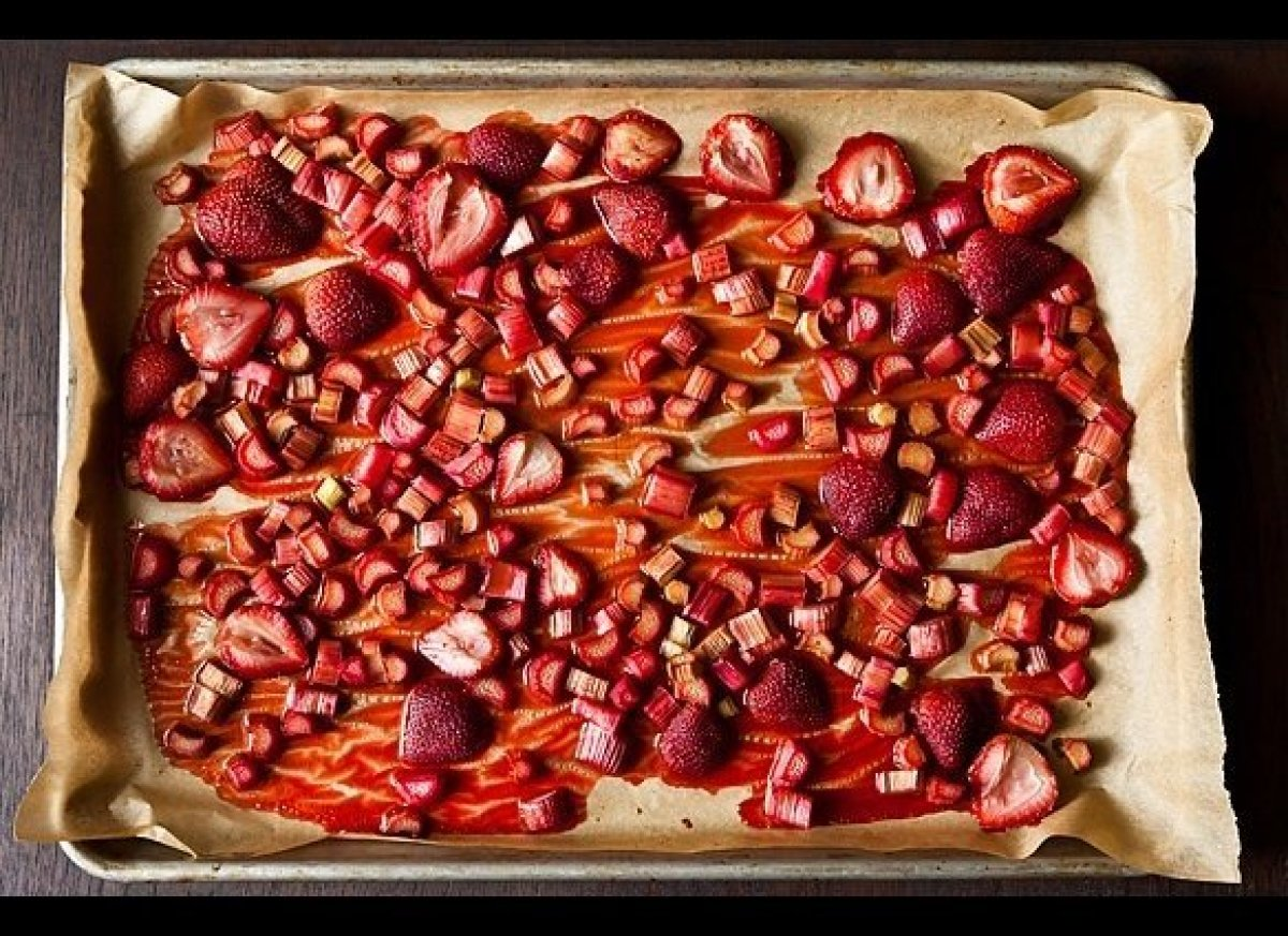 "<em><strong><a href=""http://food52.com/recipes/12406-roasted-rhubarb-and-strawberries"" target=""_hplink"">Get the recipe on Foo"