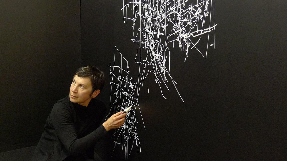 Gosia Wlodarczak - Day one  Image: Longin Sarnecki, RMIT Gallery, 2013.