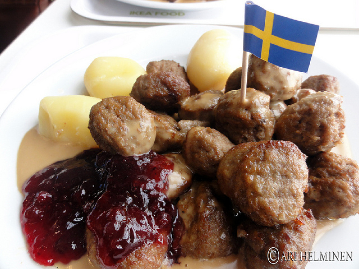 ikea swedish meatballs ikea seemingly hates single and this photo is proof 13334