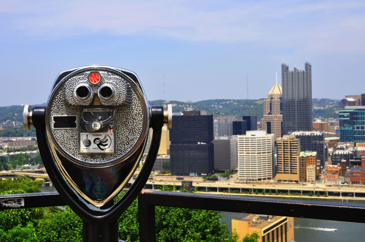 Over a quarter of Pittsburgh's population is between the ages of 50 and 70 and health providers are highly accessible.   Life